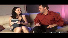 Videos porno novinha morena peituda dando a buceta para um marmanjo dotado