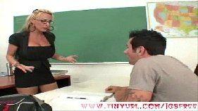 Metendo gostoso na professora estressada
