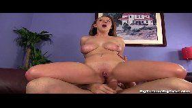 Putinha deliciosa sentando porno carioca HD