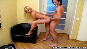 Loirinha delicia fazendo sexo gostoso