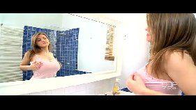 Video porno gratis com a loira dos peitos gigantes
