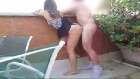 Homem safado comendo a vizinha mulata dos cabelos curtos