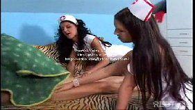 Enfermeiras safadas e o paciente sortudo