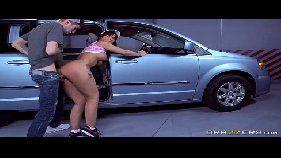Vídeo de sexo amador com a vadia do carona