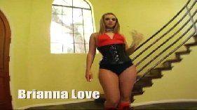Excitante sexo anal com Brianna Love