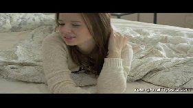 Vídeo em HD de sexo anal com novinha pelada