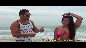 Brasileira safada na praia