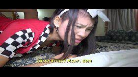 Asiática castigada e forçada e engolir porra após anal