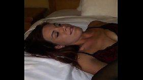 Negão bombado acordando a namorada com piroca