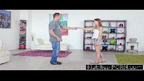 Malandra safada fazendo sexo intenso com um dotado na sala de estar