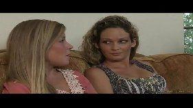 lesbicas bem novinhas cairam na net