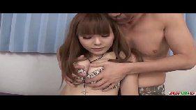 Novinha asiática deliciosa fudendo com o namorado dotado