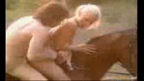 Sexo por cima do cavalo