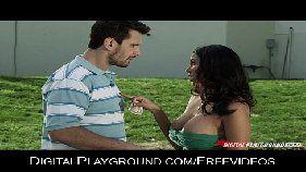 Video de sexo grátis com a novinha estudante cheia de tesão