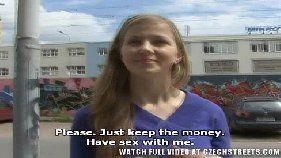 Pornor com a novinha sem vergonha pagadora de boquete