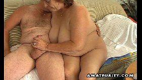 Coroa malandro comendo a safadona gravida cnn amador