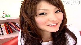 Japonesinha da xota cabeluda entrando na vara
