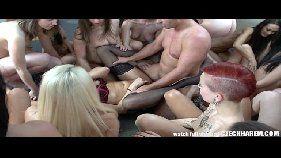 Suruba gostosa com as mulheres mais gostosas do mundo a orgia é feita com as melhores safadas