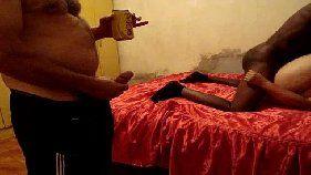 Socando na namorada rabuda na frente da webcam
