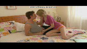 Pilantra comendo a namorada loirinha