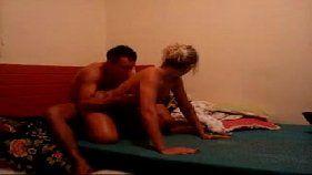 Patricia caiu na net em fotos com o namorado muito quente