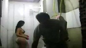 Estuprada pelo eletricista tarado