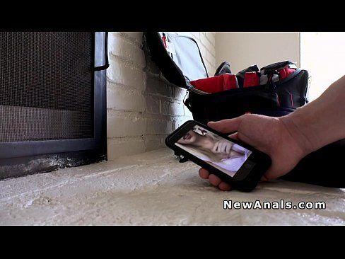 Safada cavala peituda caiu na net exibindo a bunda e a buceta gostosa na webcam