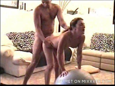 Namorada cachorra fazendo sexo gostoso