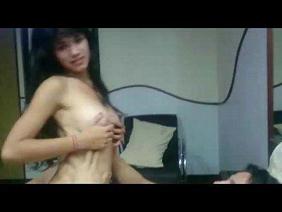 Novinha vazou no whatsapp em vídeo intimo se masturbando