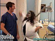 Enfermeiras safadas fazem a alegria de seu paciente