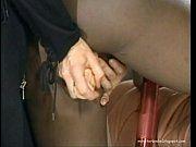 Policial piranha e bandida safada no sexo lésbico