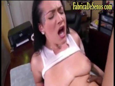 Cachorra do sexo gemendo alto na hora do sexo