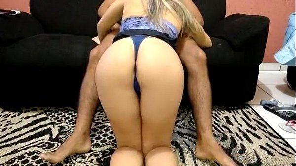 Gostosa e gordinha, esposa puta sentando na rola do seu macho