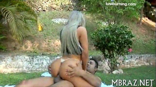 Angel Lima a beldade porno brasileira do momento fodendo gostoso