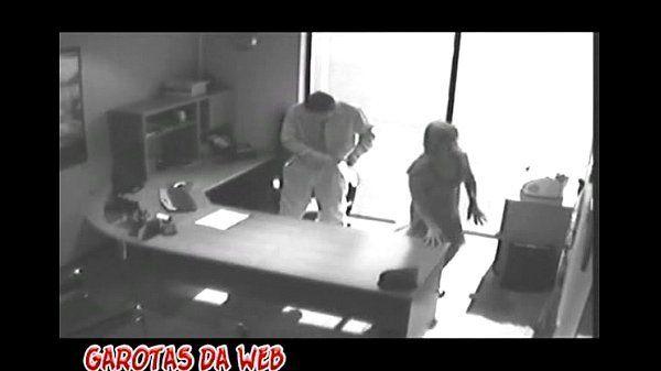 Sexo no escritório bandida seduzindo e fodendo com patrão