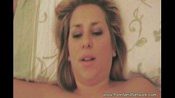 Porno vidios com linda loirinha pagando um boque love