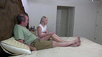 loirnha vadia no sexo amador com velho