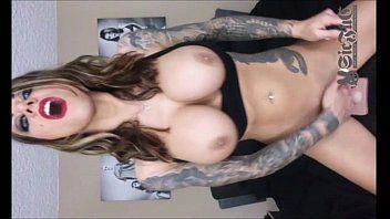 Loirinha tatuada tomando na xotinha consolo gigante porno carioca