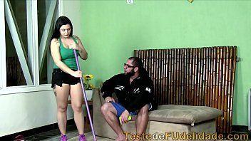 Novinha dando a buceta faxineira malandra dando pro chefe dotado