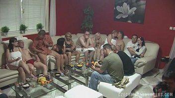 Porno brasieiro de putaria liberal com coroas casadas