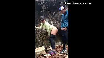 Flagra real com casal transando escondido em parque