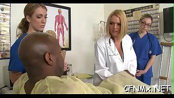 Putaria no hospital com medico comendo a buceta da enfermeira