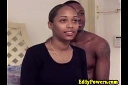Sex de uma negra sem vergonha da porra dando uma boa transada