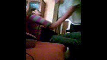 Câmera escondida flagrando tio fazendo sexo com sobrinha novinha pelada